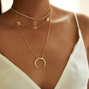 NEW! BOGO! Dainty Layered Horn Charm Necklace Set